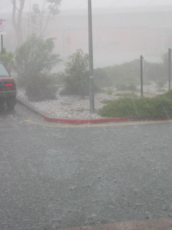 http://svana.org/sjh/images/heavy_rain/heavy_rain_med.jpg